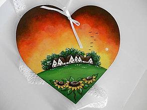 Obrazy - Dedinka v srdci - drevené omal'ované srdce - 5623919_