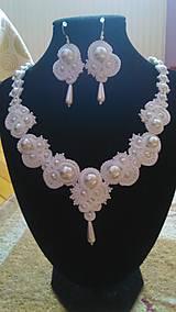 Náhrdelníky - Soutache náhrdelník Nives - 5627481_