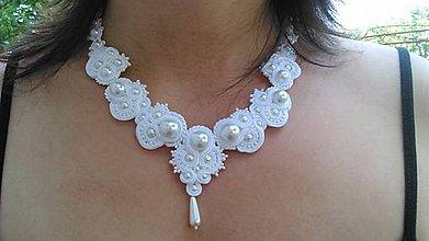 Náhrdelníky - Soutache náhrdelník Nives - 5627479_