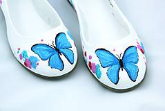 baleriny s motýľmi
