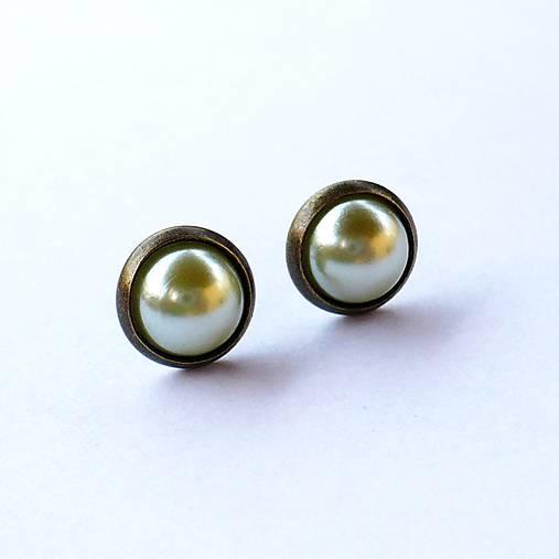 Perleťové puzetky v staromosadzi 8