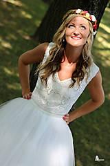 Šaty - Svadobné šaty z troch volánových vrstiev tylu - 5639191_