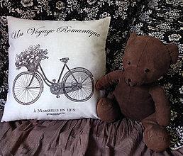 Úžitkový textil - Vankúšik…cesta do Marseille - 5641129_
