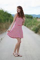 - Šaty pásikavé s kruhovou sukňou .. - 5678700_