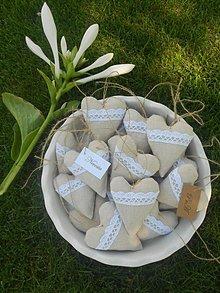 Papiernictvo - Voňavé, levanduľové ... a svadobné srdiečka / menovky, 10 cm - 5681270_