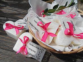 Darčeky pre svadobčanov - svadobné (sviečky s ozdobnou kartičkou 2) - 5681754_