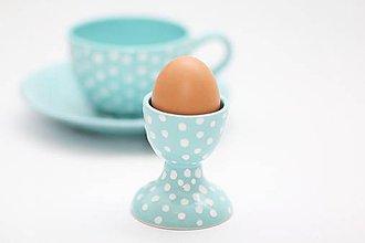 Pomôcky - Mentolový stojan na vajíčko s bodkami - 5682854_