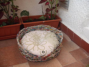Pre zvieratká - pestrofarebný pelíšek pre mačku alebo psíka - 5684551_