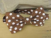 Dvojlistový pánsky motýlik-horká čokoláda