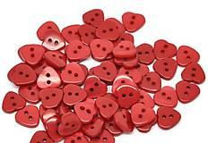 Gombíčky srdiečka červené