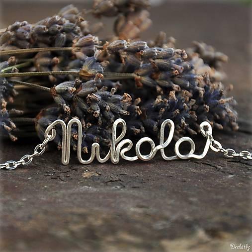 Náhrdelník s menom z postriebreného drôtu  6-8 písmen (Nikola ... d56226afd36