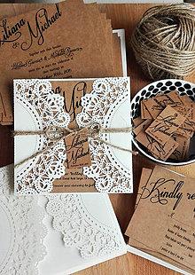 Papiernictvo - Rustikálne svadobné oznámenie - perleťová čipka - 5711328_