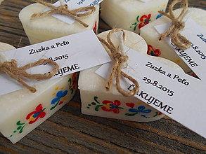 Darčeky pre svadobčanov - srdiečko folklór s kartičkou - 5716462_