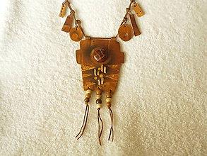 Náhrdelníky - Náhrdelník kožený, intarzia - 5729778_
