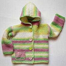 Detské oblečenie - Pletený svetrík v pastelových farbách - 5735341_