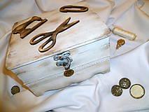 Vintage krabica na šijacie potreby :)