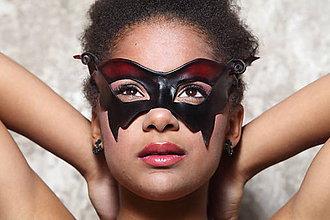 Iné šperky - Kožená ručně tvarovaná maska - 5750330_