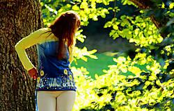 Tričká - Dámske tričko batikované a maľované BABIE NEBO - 5752494_