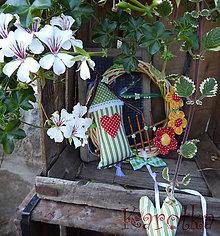 Dekorácie - Venček na dvere - Za trnkovým kríkom - 5759461_