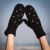 Rukavice - Bodkované čierne palčiaky - 5767443_
