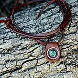 Šperky - Přívěšek s kompasem z pravé kůže - 5780596_