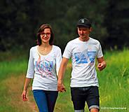 Topy, tričká, tielka - Dámske a pánske tričká párové s folk motívom kolovratu a valašky, maľované VRETIENKO MI PADÁ... - 5778075_
