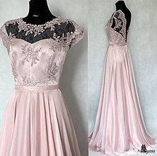 Šaty - Spoločenské šaty s kruhovou sukňou v púdrovej ružovej farbe - 5779005_