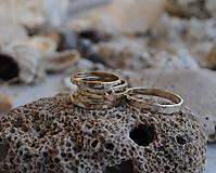 Prstene - 5 krát a vždy inak obrúčka zlatá - 5782757_