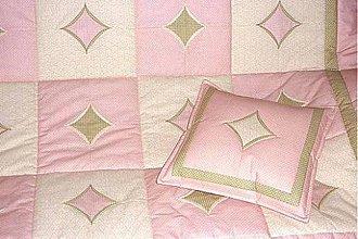 Úžitkový textil - Patchworková deka - Katedrálové okná. - 5781012_