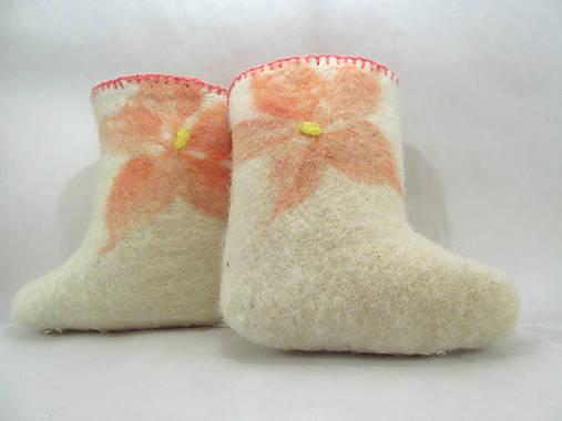 105969677efb Vlnené topánočky pre najmenších   NatureLove - SAShE.sk - Handmade ...