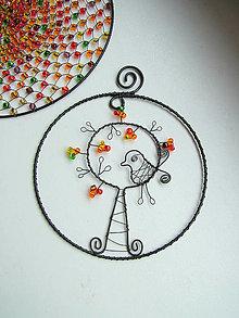 Dekorácie - jesenný strom s vtáčikom - 5789585_