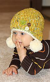 Detské čiapky - horčicová s gombíkmi - 5789452_