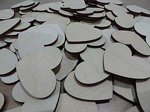 Materiál ručne robený - Drevené srdiečka - 5796129_