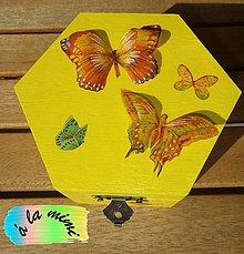 Krabičky - Krabička plná motýľov - 5804791_