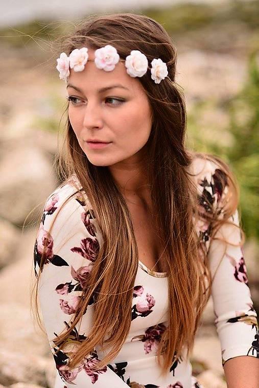 Romantická jemná čelenka s ružami :)