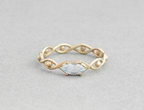 Prstene - 585/14k zlaty prsteň s modrým topásom - 5813358_