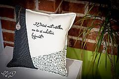Úžitkový textil - Vankúšik s motivačným textom čierno-biely - 5817375_