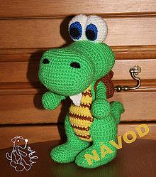 Návody a literatúra - Návod - háčkovaný krokodýl s brašnou - 5816515_