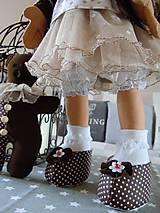 Bábiky - Hnedá s malým klobúčikom a medvedíkom - 5822705_