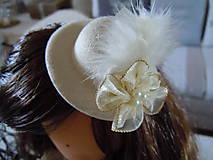 Bábiky - Hnedá s malým klobúčikom a medvedíkom - 5822707_