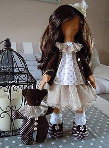 Bábiky - Hnedá s malým klobúčikom a medvedíkom - 5822706_