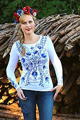 Tričká - Aničkina voľba II - ornamenty na rukávoch aj chrbáte... - 5829622_