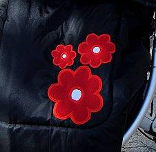 Úžitkový textil - Dozdobenie troma kvetmi - 5837996_