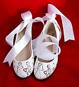 svadobné baleriny so stuhou