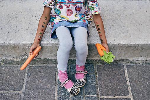 Dočasné tetovačky - Abeceda (07)