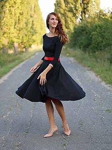 b9fc470d61eb Šaty - Šaty s kruhovou sukňou a výstrihom na chrbte - 5843783