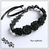 - Gothický obojok s ružami - 5846625_