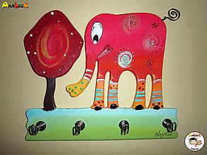 Dekorácie - Vešiak - na kľúče sloník - 5848020_