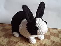 Hračky - Háčkovaný zajko - 5850403_