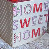Krabičky - ZÁSOBNÍK NA VRECKOVKY kocka (HOME SWEET HOME) - 5854358_